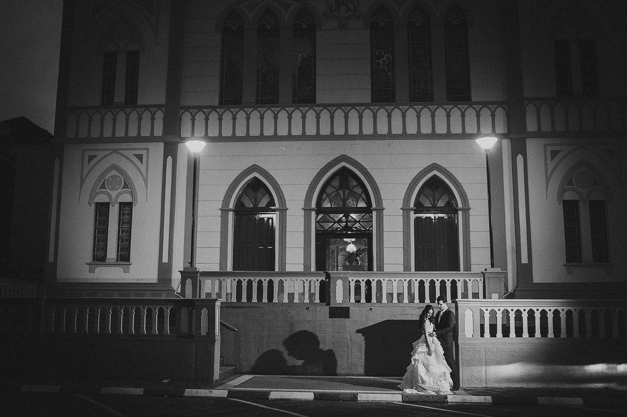 casamento-livia-e-fabiano-lucio-carvalho-fotografo-pocos-de-caldas-passos-mg-fotografia-casamento-noivado-festa-wedding--10