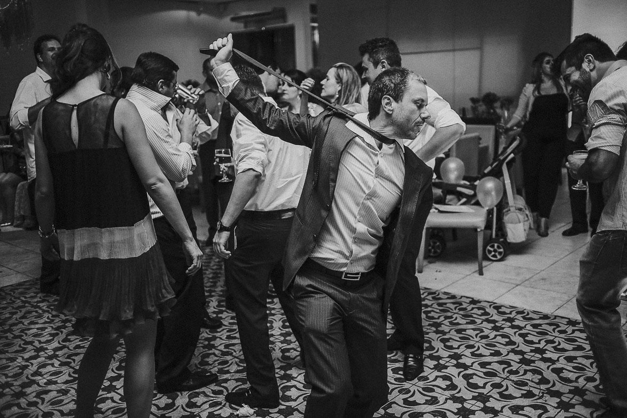 casamento-livia-e-fabiano-lucio-carvalho-fotografo-pocos-de-caldas-passos-mg-fotografia-casamento-noivado-festa-wedding--17