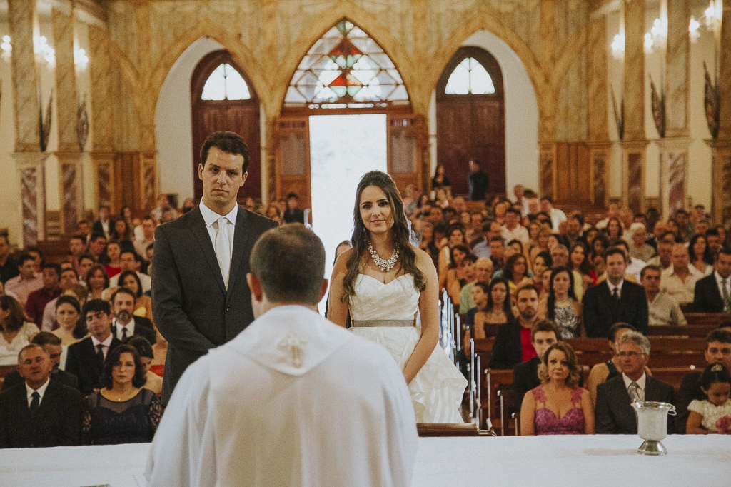casamento-livia-e-fabiano-lucio-carvalho-fotografo-pocos-de-caldas-passos-mg-fotografia-casamento-noivado-festa-wedding--5